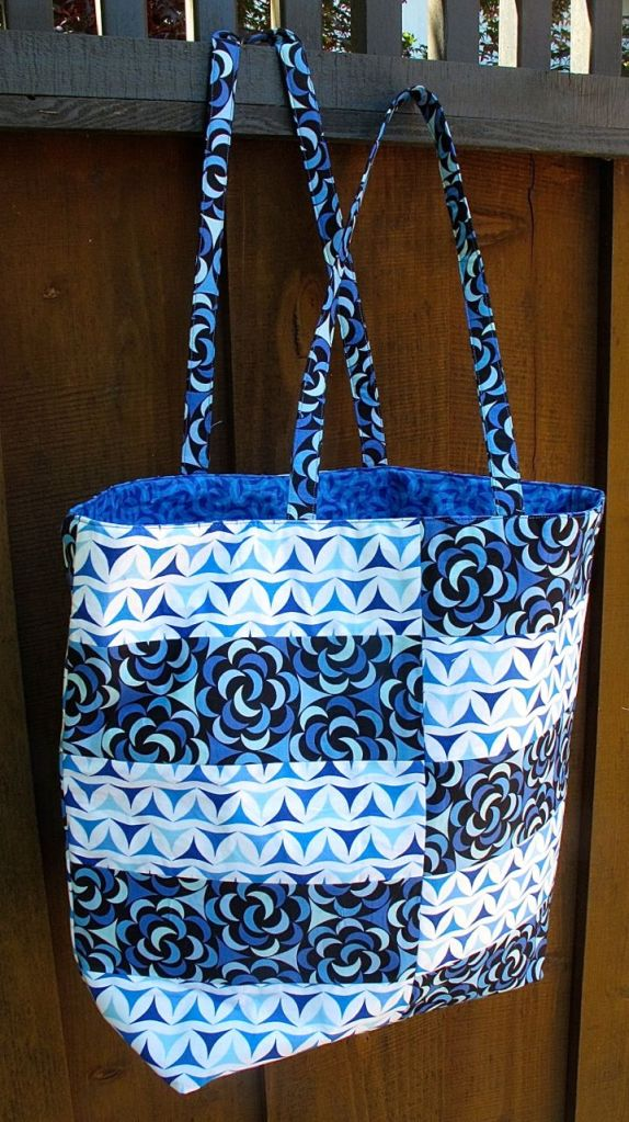 Ship Shape Tote by Green Bee Patterns, Sewn by Anna Carloni