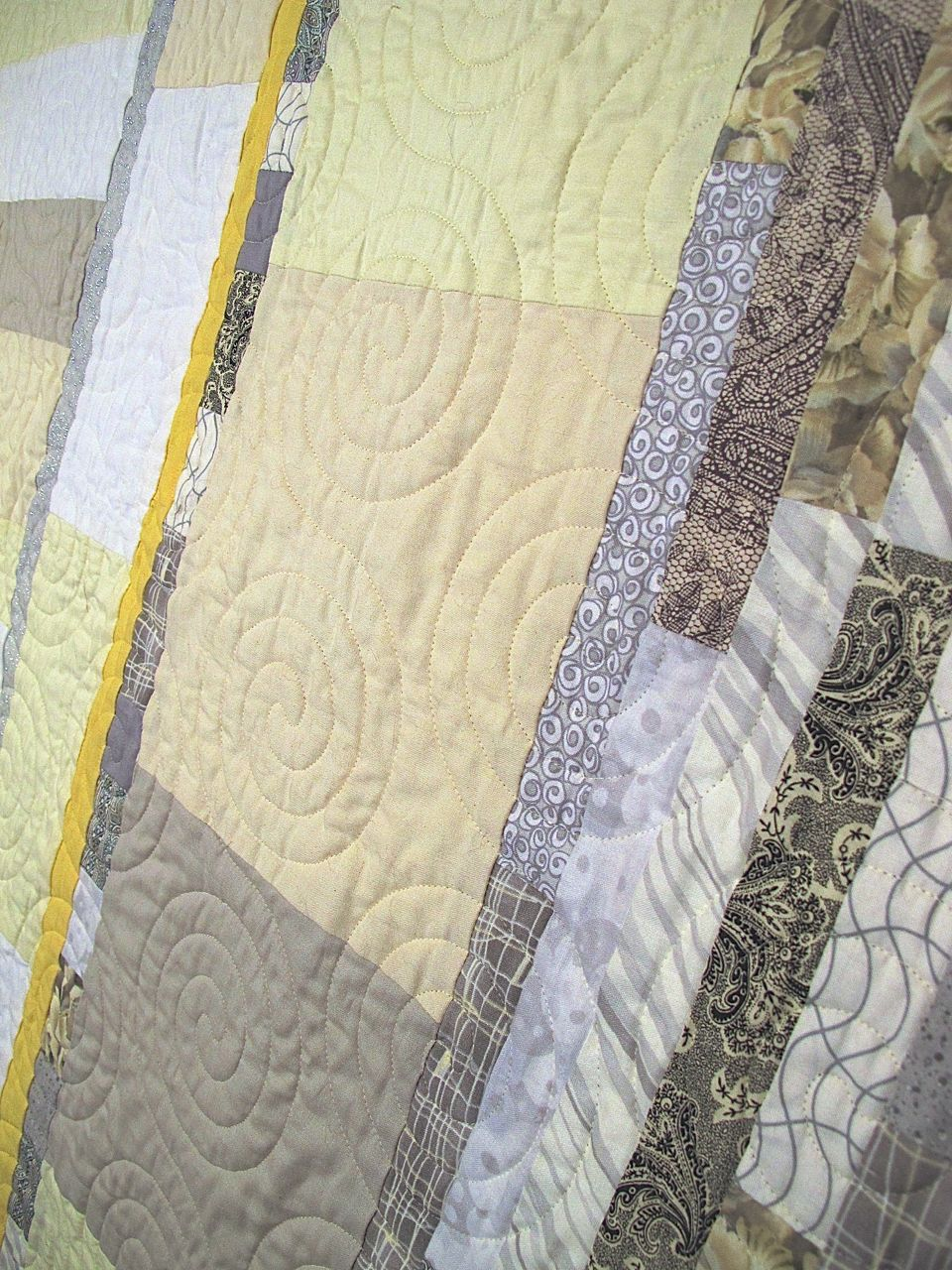 detail of Medeiros Wedding Quilt by Carol Van Zandt