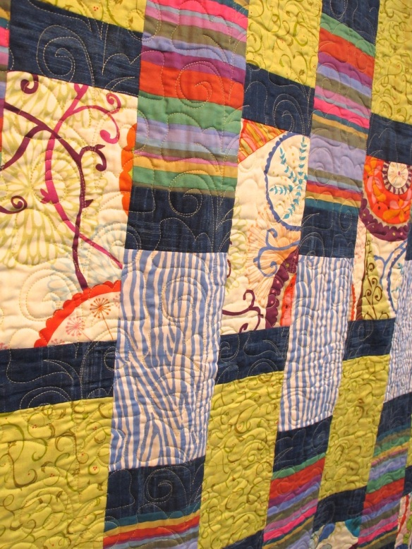 Rectangles by Diana Mc Clun and Laura Nownes, machine quilted by Kathy August<br />p. 22 of Quilts! Quilts!! Quilts!!!