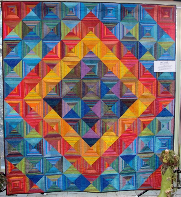 Times Square by Jill Schlageter, quilted by Melanie Meadows, p. 50 of Quilts! Quilts!! Quilts!!! 3rd edition