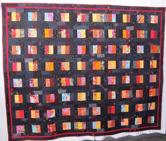 Bento Box for Mary Ann by Gwen McMillan, quilted by Melissa Quilter