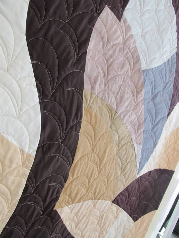 Flywheel Rondo III by Nancy Bardach, quilted by Angie Woolman