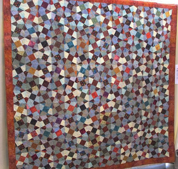 Moroccan Tiles by Dana Prichard, quilted by Sue Fox