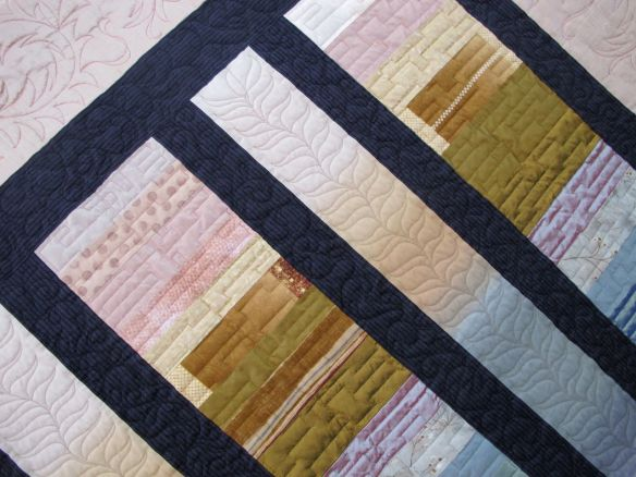 Chinese Coins, Japanese Ombre by Julie Banfield, quilted by Kathy Ritter