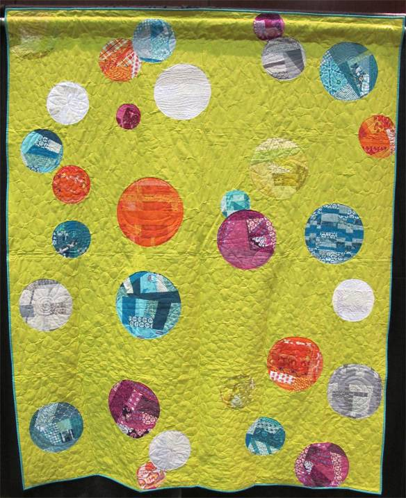 QuiltCon charity quilt by the Silicon Valley Modern Quilt Guild
