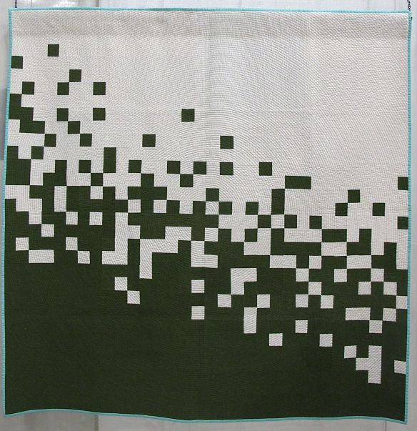 Pixel Pusher II by Caro Sheridan. Everett, Massachusetts, 3rd Place Minimalist Design. QuiltCon 2015.
