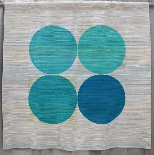 Breathe by Leanne Chahley. Edmonton, Alberta. 1st place Minimalist Design category QuiltCon 2015