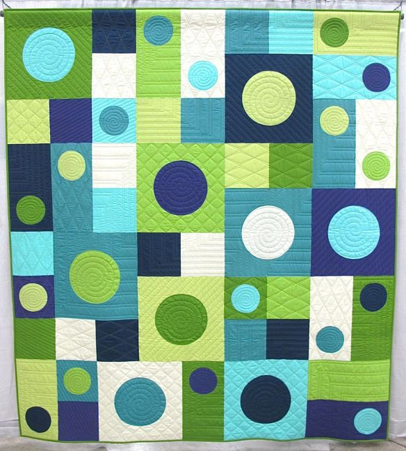 I See Spots by Nancy Zieman. Beaver Dam, Wisconsin. Pieced by Sharon Dahlke. Quilted by Susan Petruske.