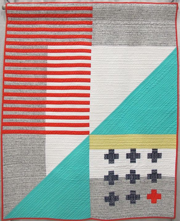 Emergent by Kari Vojtechovsky. Centennial, Colorado. 3rd Place, QuiltCon 2015 Piecing category.
