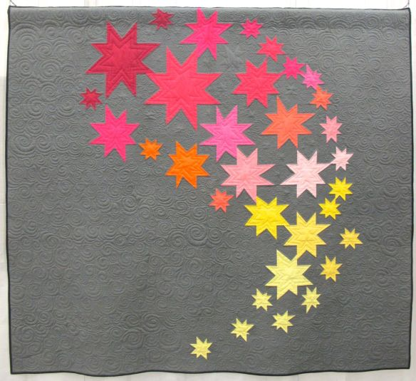 Comma Comet by Janet Gannon. Katy, Texas. Quilted by Pam Biswas.