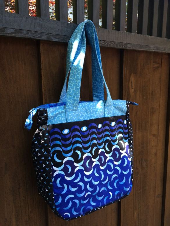 Super Tote, pattern by Noodlehead, sewn by Anna Carloni