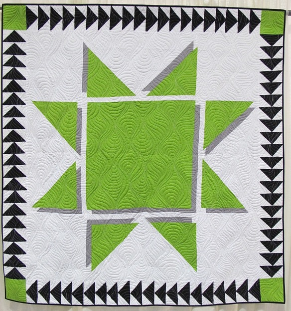 Estrella da Laim by Leslie Peacock, quilted by Debbie Stanton