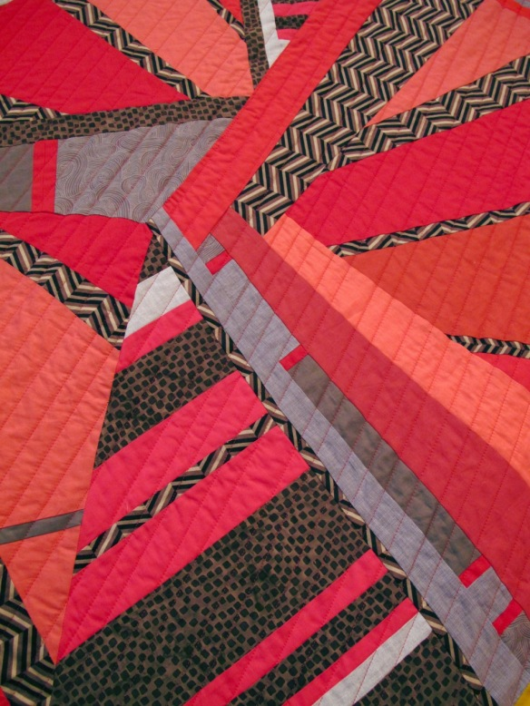 detail of Convergence by Carol Van Zandt, quilted by Terri Carpenter - thequiltedfox.com