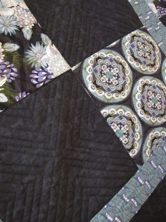 detail of For Doris by Carol Van Zandt, quilted by Darci Alexis Read