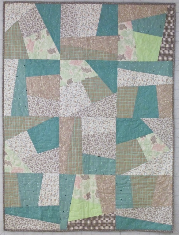 Baby Quilt by Carol Van Zandt, quilted by Terri Carpenter of thequiltedfox.com