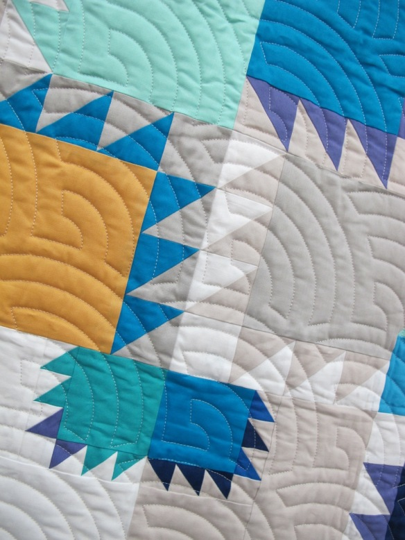 Delta Breeze by Cindy Wiens, quilted by Darby Myers