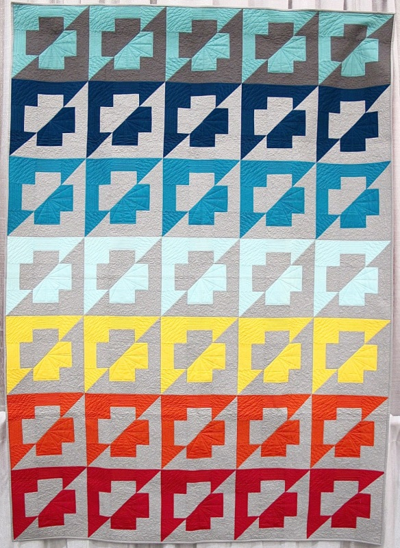 Rainbow Plus by Kristy Cleverly, quilted by Fiona Bell