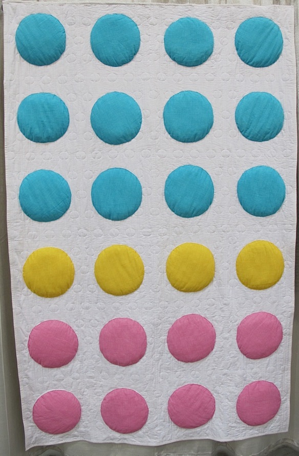 Candy Dots by Samarra Khaja, quilted by Jeanne Jenkins