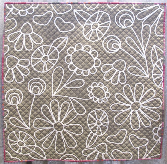 Flower Doodle by Lindsey Neill, quilted by Sarah Wilson of Crinklelove