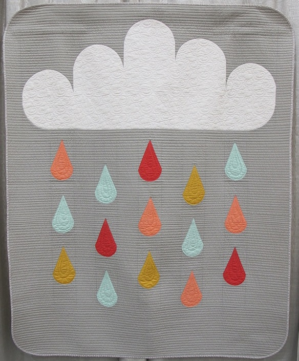 Rainy Day Quilt by Lindsey Neill, quilted by Sarah Wilson from Crinklelove