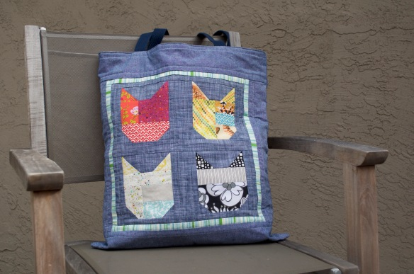 I Spy The Alphabet bag by Kristen Takakuwa using the I Spy the Alphabet pattern by thequiltedfox.com