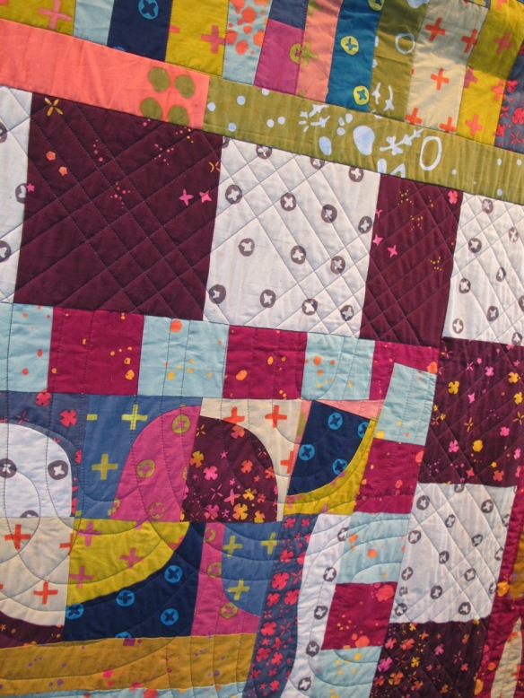 Handcrafted Round Robin, pieced by Rita Nguyen, Anna Carloni, Terri Carpenter, Birgit Hottenrott, and Kristen Takakuwa, quilted by Terri Carpenter