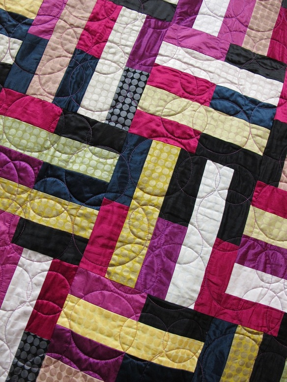 Untitled by Carolyn Kotner, quilted by Lori Atwood